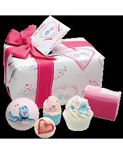 Bomb Cosmetics Presentförpackning Love Birds